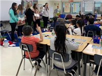 High Schoolers Bring bilingual Stories to Westbury Children thumbnail162446