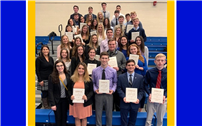 West Islip Business Students Bring Home DECA Trophies thumbnail162646